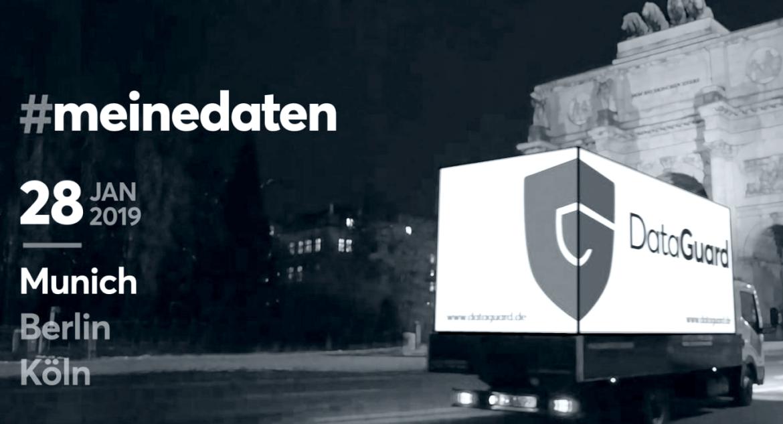 Performance zum Datenschutz auf dem Münchner Marienplatz um 17:00 Uhr